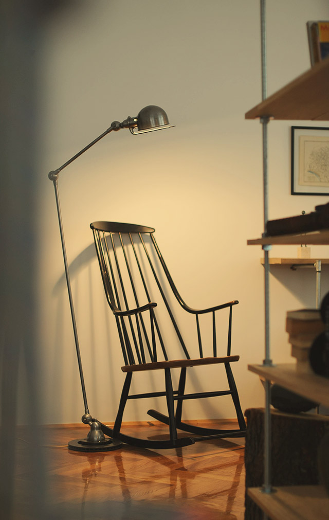 Tapiovaara rocking chair and Jielde lamp